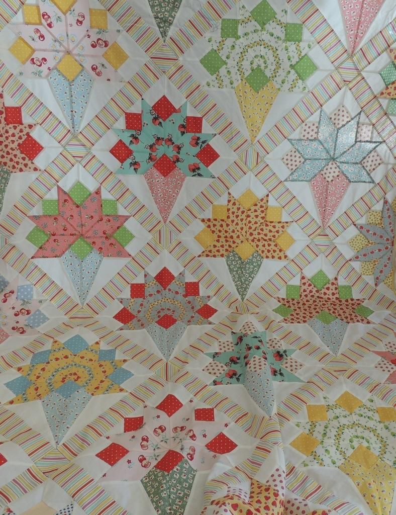 Quilts on pinterest vintage quilts antique quilts and for What to do with an old quilt
